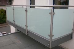 Balkongeländer Glasfüllung