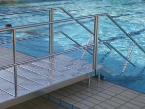 schwimmbas